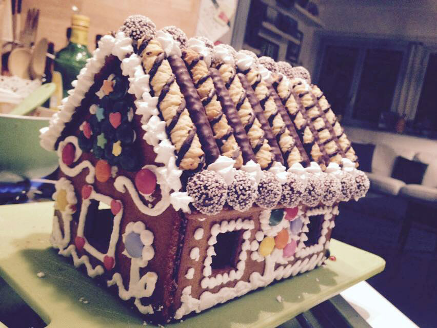 Casetta Di Natale Con Biscotti : Casetta di pan di zenzero