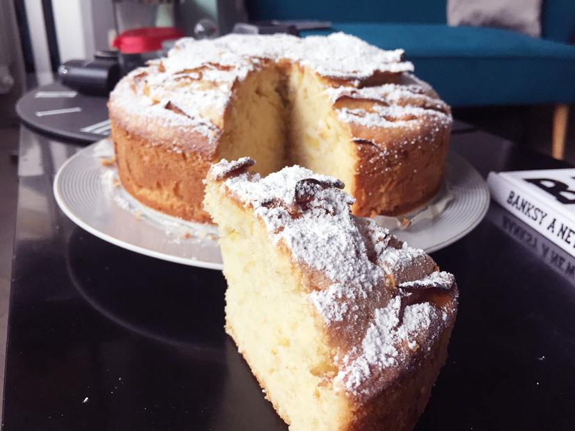 Ciambellone Con Burro E Latte.Torta Di Mele Buonissima Senza Burro E Latte